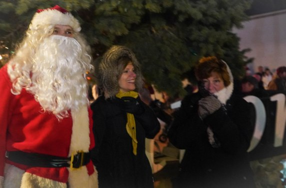 Christmas tree lighting - Northport - 11-30-2019-7.jpg